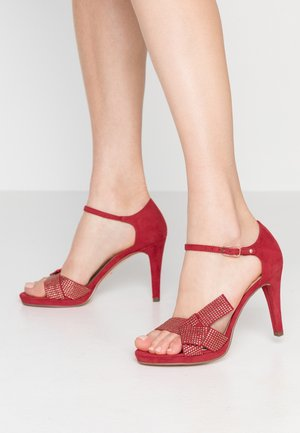 High heeled sandals - lipstick