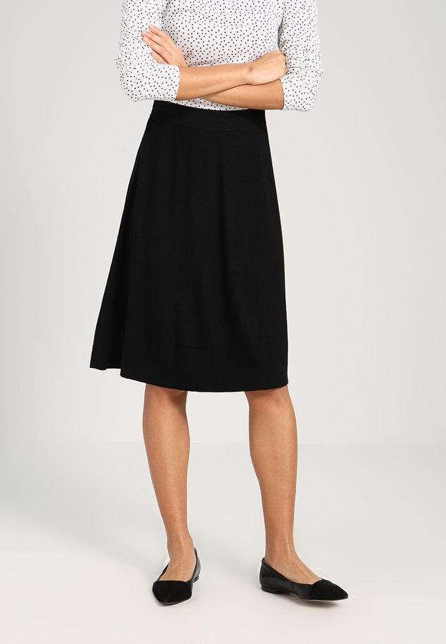 ESSENTIAL - A-lijn rok - black