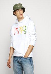 Polo Ralph Lauren - MAGIC - Sweat à capuche - white - 5