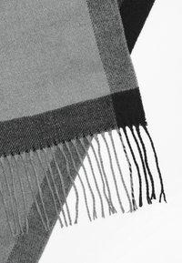s.Oliver - SCHAL MIT TWILL-STRUKTUR - Scarf - black check - 4