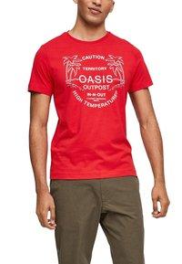 s.Oliver - MIT SCHRIFTPRINT - Print T-shirt - red - 2