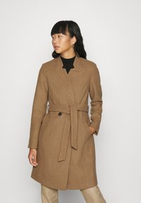 Vero Moda - VMCLASSBEA JACKET  - Classic coat - tigers eye - 0