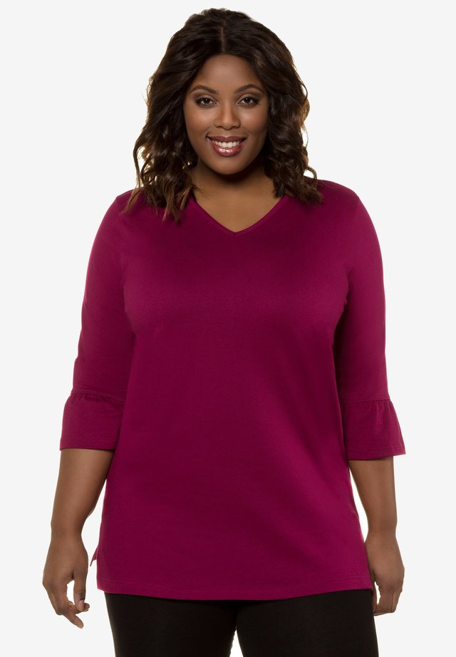Long sleeved top - wine red