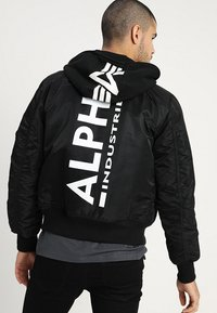 Alpha Industries - TEC BACK PRINT - Chaquetas bomber - black - 0