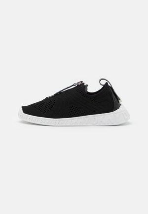 MELISSA - Zapatillas - black