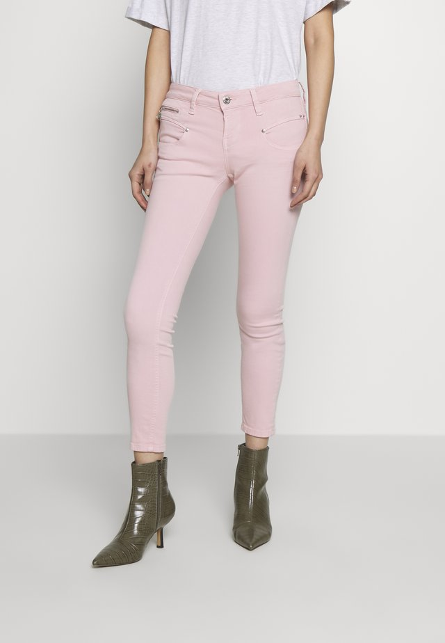 ALEXA CROPPED NEW MAGIC COLOR - Jeansy Skinny Fit - rosewater