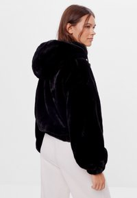 Bershka - Fleece jacket - black - 2