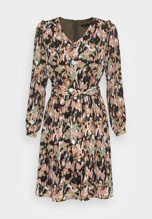 DRESS SHORT - Day dress - autumn forest multi