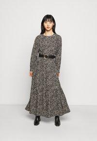 Noisy May Petite - NMRITA DRESS  - Denní šaty - black - 1