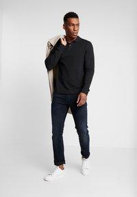 Pier One - 2 PACK - Polo shirt - mottled grey/black - 1