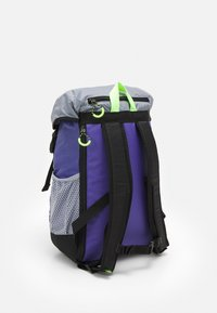 adidas Originals - TOPLOADER UNISEX - Batoh - purple/halo silver/signal green - 1