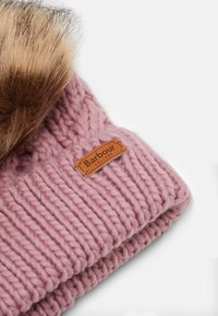 Barbour - PENSHAW CABLE BEANIE - Beanie - pink - 3