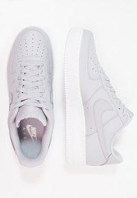 Nike Sportswear - AIR FORCE - Trainers - wolf grey/white - 1