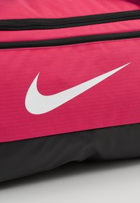 Nike Performance - DUFF 9.0 - Sports bag - rush pink/black/white - 7