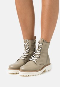 Marc O'Polo - LICIA  - Lace-up ankle boots - light oliv - 0