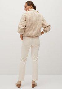 Mango Premium - PREMIUM - Straight leg jeans - crudo - 2
