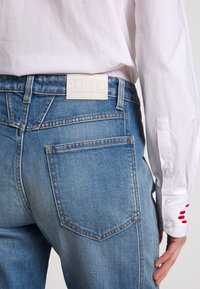 CLOSED - CROPPED - Straight leg jeans - mid blue - 4