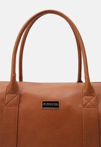 Even&Odd - Weekend bag - cognac - 5