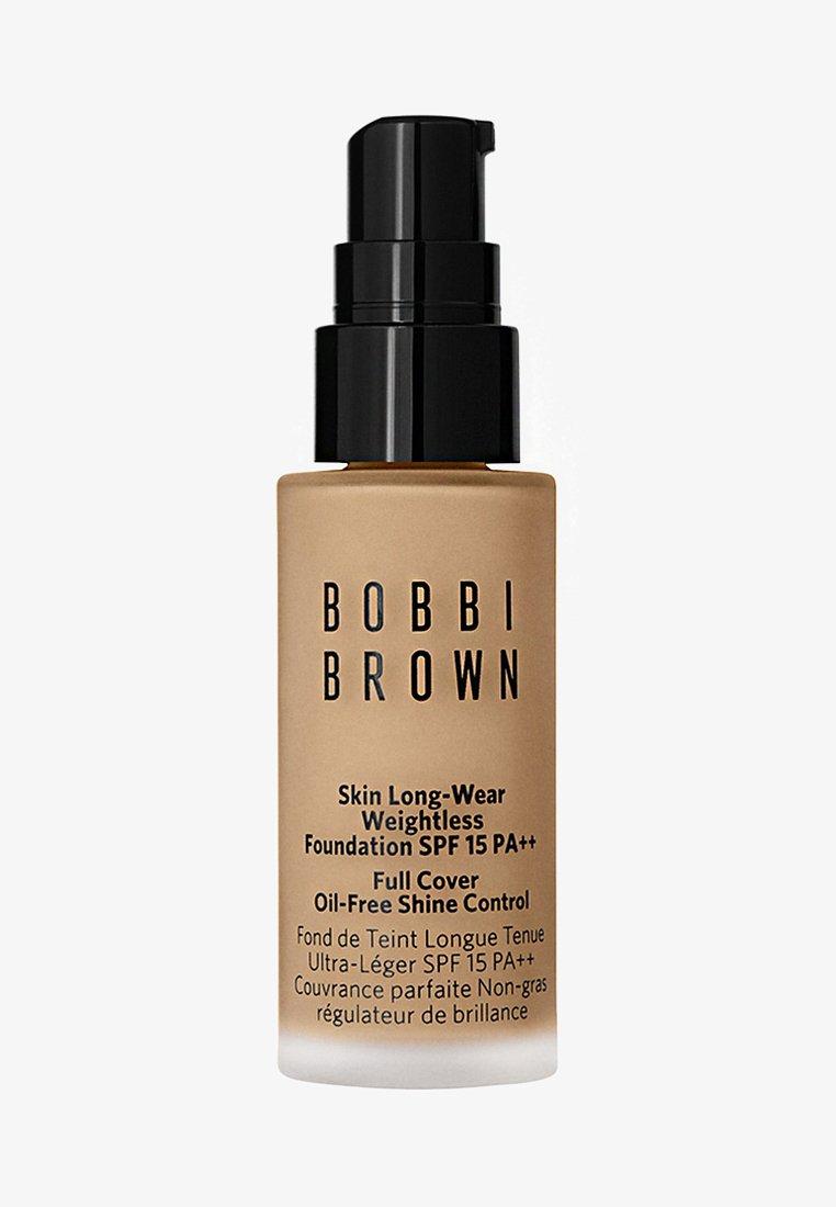 Bobbi Brown - MINI SKIN LONG-WEAR WEIGHTLESS FOUNDATION - Foundation - warm sand