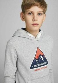 Jack & Jones Junior - Luvtröja - light grey melange - 4