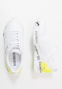 Bikkembergs - FLAVIO - Sneakersy niskie - white/yellow fluo - 1
