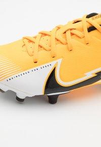 Nike Performance - MERCURIAL JR VAPOR 13 ACADEMY FG/MG UNISEX - Moulded stud football boots - laser orange/black/white - 5