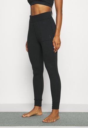 CORE 7/8 - Pantaloni sportivi - black/dark smoke grey