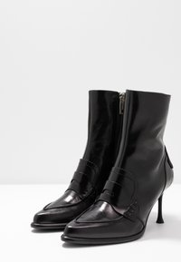 Sportmax - RIBES - Classic ankle boots - nero - 4