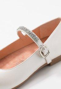 Unisa - CLERVY - Ankle strap ballet pumps - bone - 2