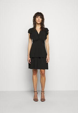 TWIST RUFFLE DRESS - Žerzejové šaty - black