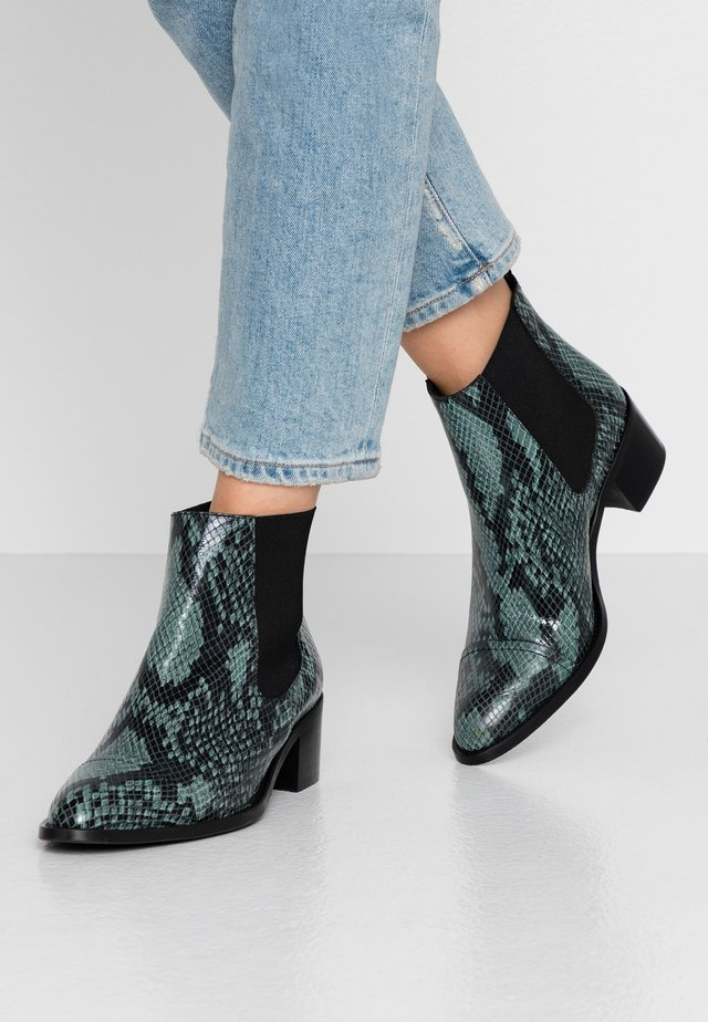 BIACAROL PRINT LEATHER CHELSEA - Korte laarzen - dark green
