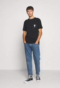 HUF - CENTRAL PARK POCKET TEE - T-shirt print - black - 1