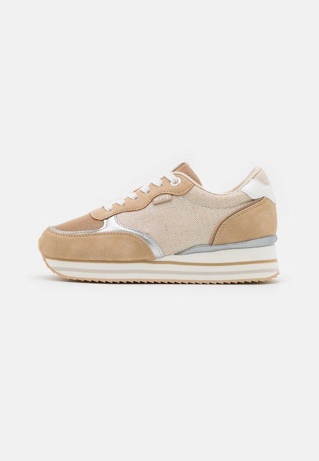 AGATHA - Sneakers laag - beige