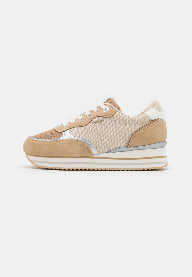 AGATHA - Sneakers basse - beige