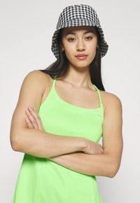 Nike Sportswear - Vestido ligero - lime glow/barely green - 3