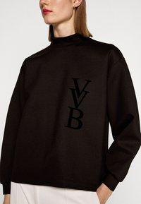 Victoria Victoria Beckham - RAISED LOGO - Top sdlouhým rukávem - black - 6