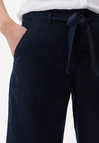 BRAX - STYLE MAINE - Trousers - navy - 3