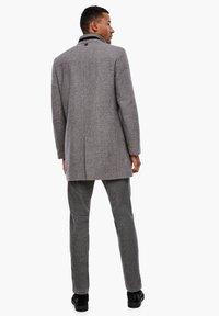 s.Oliver BLACK LABEL - STEHKRAGEN - Short coat - grey melange - 2