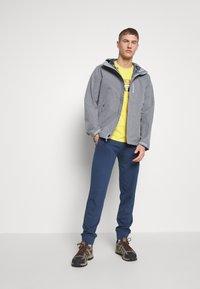 The North Face - M DRYZZLE FUTURELIGHT JACKET - Hardshell jacket - medium grey heather - 1