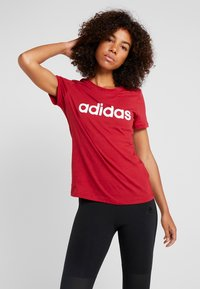 adidas Performance - ESSENTIALS SPORTS SLIM SHORT SLEEVE TEE - Printtipaita - active maroon/white - 0