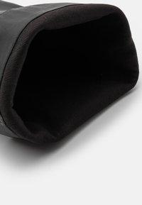 ASRA - KAT - Kotníková obuv na vysokém podpatku - black - 5