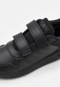adidas Performance - TENSAUR UNISEX - Sportovní boty - core black/grey six - 5