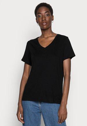 NAIA - Jednoduché triko - pitch black