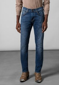 Baldessarini - JOHN - Slim fit jeans - light blue - 1