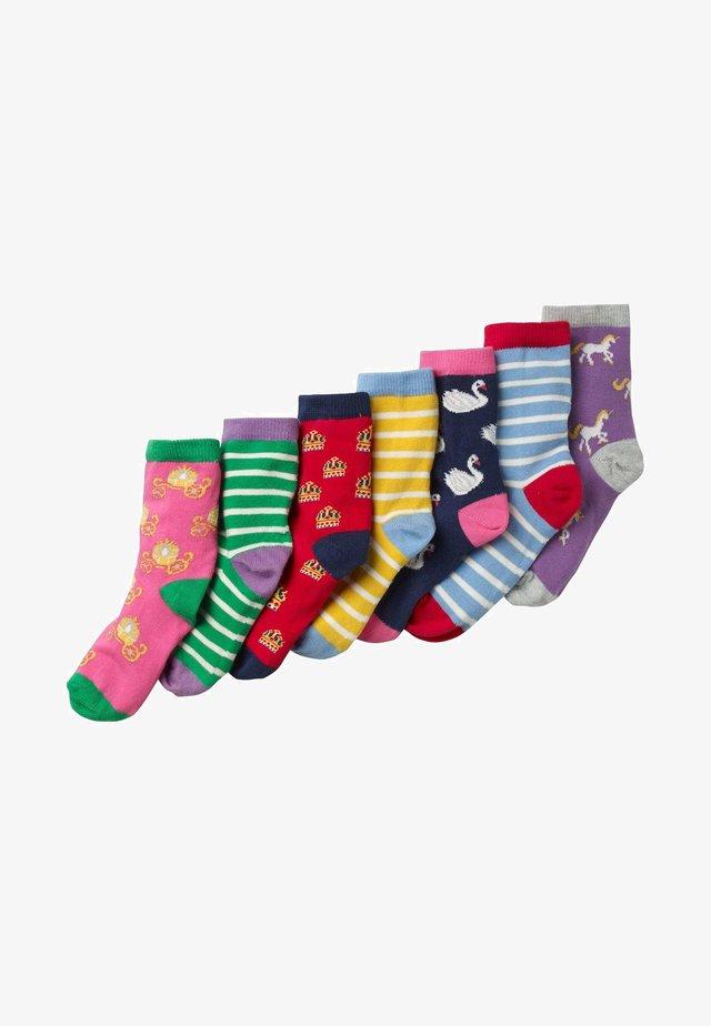 BOX MIT SOCKEN IM 7ER-PACK - Socks - wappen