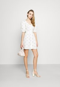 Glamorous - TIE BACK BUTTON MINI DRESSES WITH PUFF SLEEVES - Day dress - yellow - 1