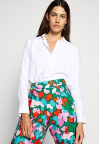 J.CREW - PERFECT IN BAIRD - Button-down blouse - white - 3