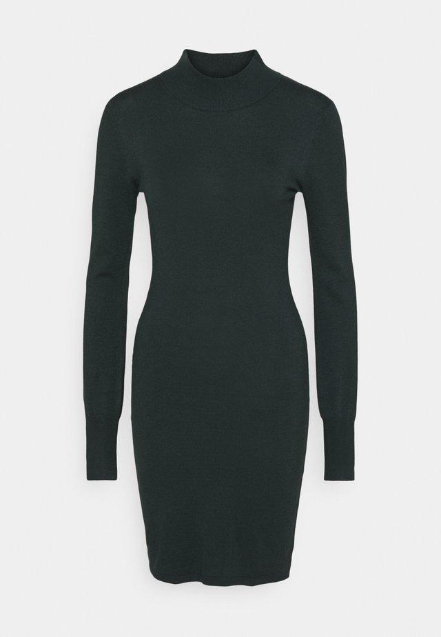 EVA ASTRID DRESS - Jumper dress - darkest spruce