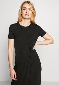 Vero Moda Tall - VMAVA LULU ANCLE DRESS TALL - Maxi dress - black - 3