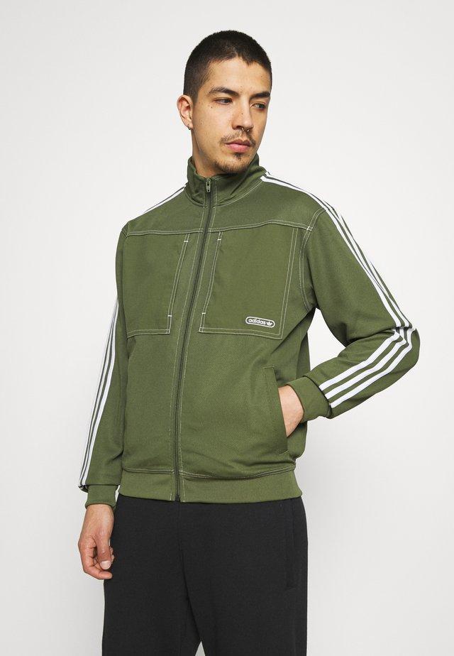 Training jacket - wild pine